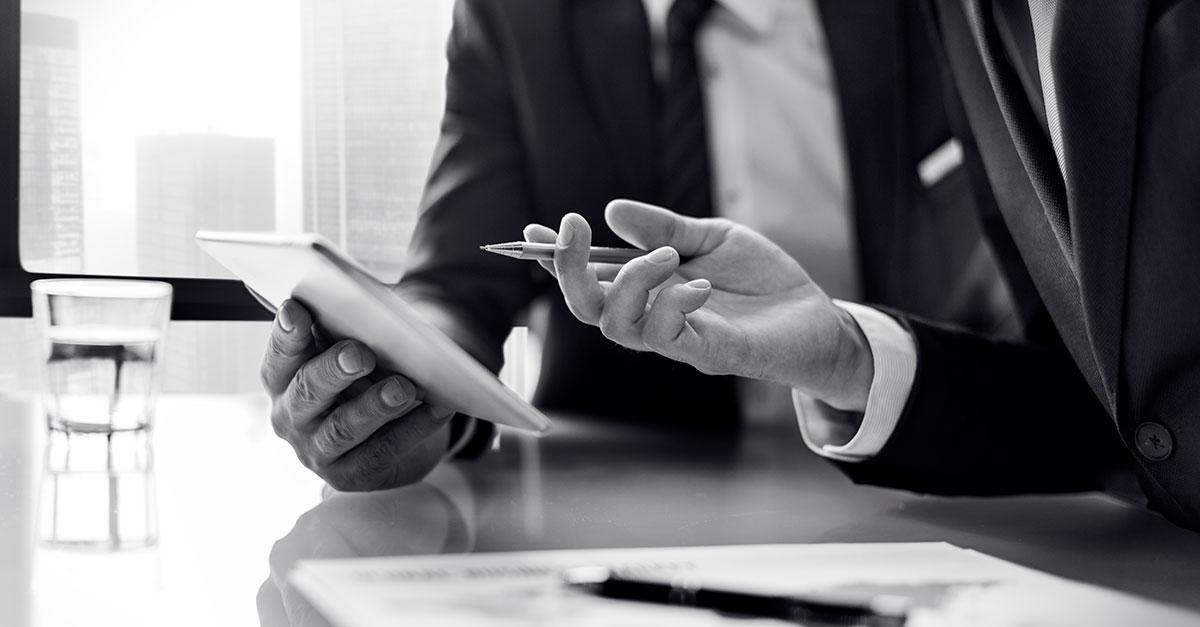 Todo lo que debes saber para ejercer como asesor financiero en España